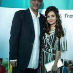 Armeena Khan New Look Beautiful Images (5)