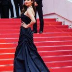 Mahira Khan Pictures in Cannes France 2018 (4)