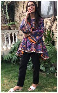 Iqra Aziz Face Of Alkaram For 2018 (6)