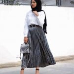 Hijab Look with Flare Skirt Outfit Fashion 2018 (2)