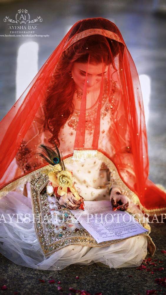 White Bridal Dresses Trend 2018 In Pakistan (1)