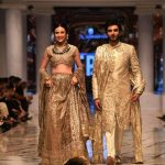 RIVAAJ UPS THE COUTURE ANTE BY LAJWANTI (1)