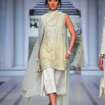 Pearlessence Couture Collection 2019 at Pantene HUM Showcase By Rizwan Beyg (15)