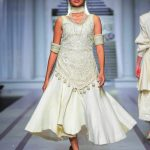 Pearlessence Couture Collection 2019 at Pantene HUM Showcase By Rizwan Beyg (5)