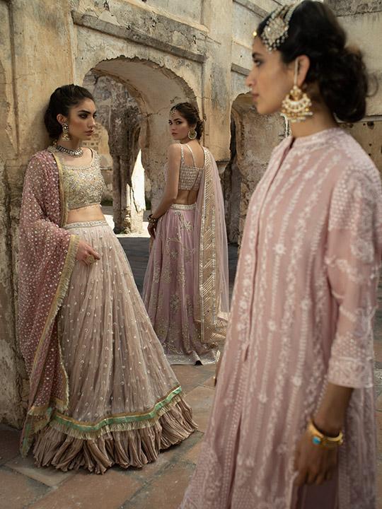 Tulips Design Women Dresses 2019 By Misha Lakhani (5)