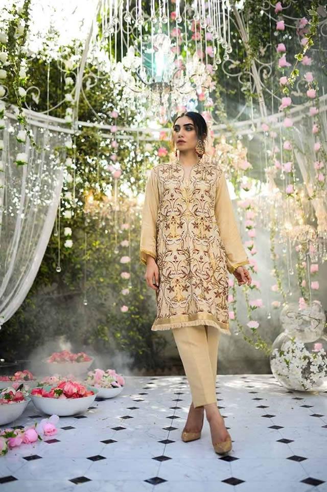 Gul Ahmed Les Morris Women's Eid Dresses Collection 2019 (2)