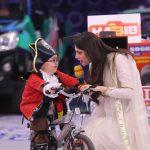 Cricketer Ahmed Shehzad & Actress Neelum Muneer in Jeeto Pakistan (11)