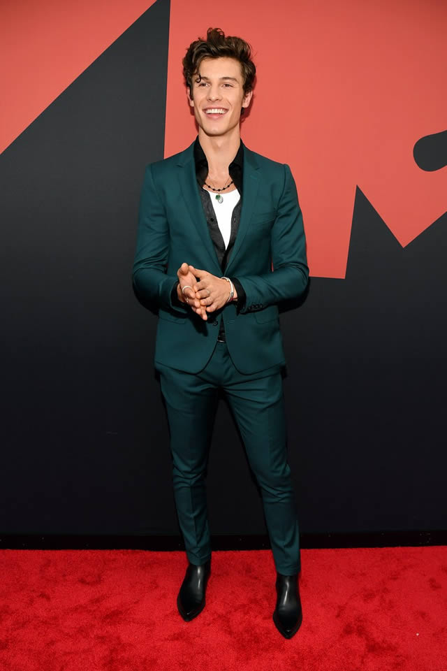 VMA red carpet fashion at the MTV Video Music Awards 2019 (15)