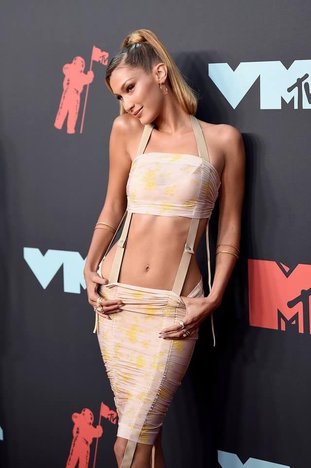 VMA red carpet fashion at the MTV Video Music Awards 2019 (4)
