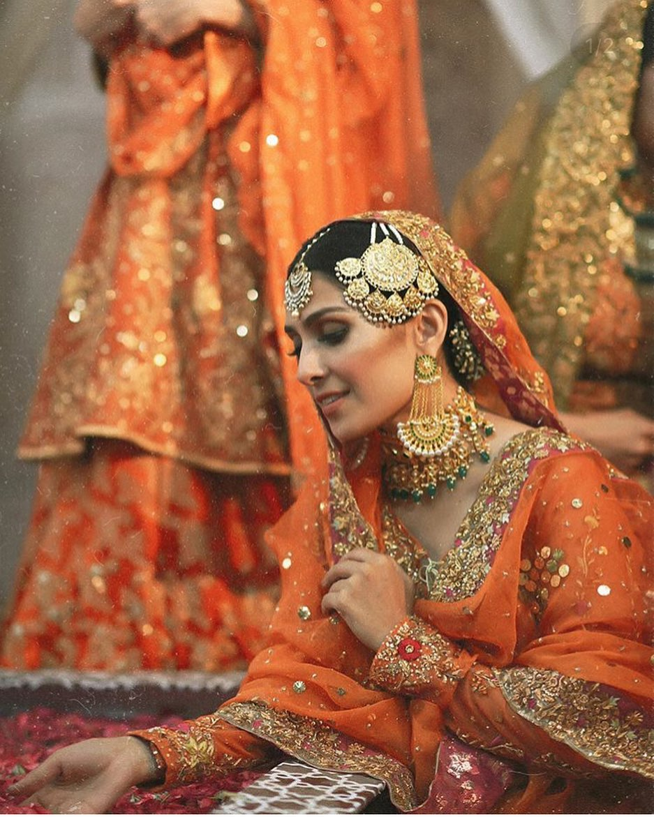 Actress Ayeza Khan Bridal Photo Shoot 2019 (1)
