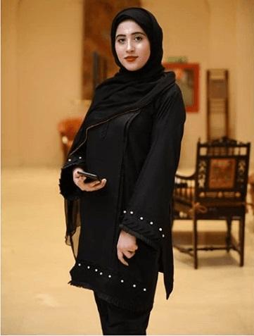 How Pakistani Womens Wear Hijab With Shalwar kameez (8)