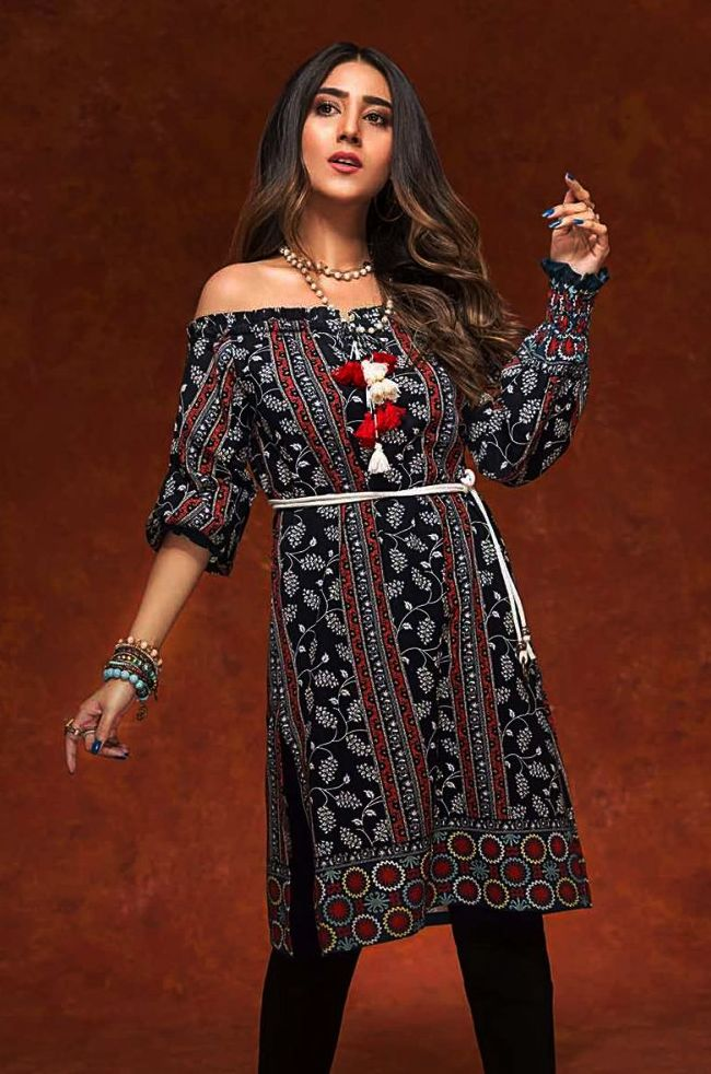 Gul Ahmed Gulistan Winter Glamour Unstitched Collection 2019 (11)