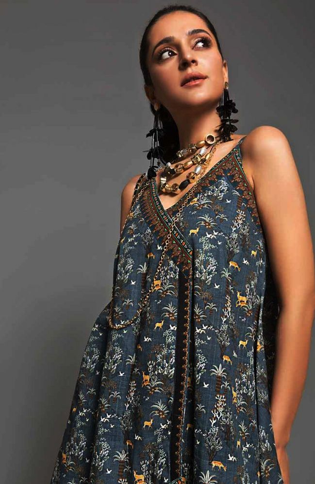 Gul Ahmed Gulistan Winter Glamour Unstitched Collection 2019 (23)
