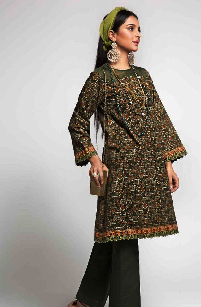 Gul Ahmed Gulistan Winter Glamour Unstitched Collection 2019 (33)