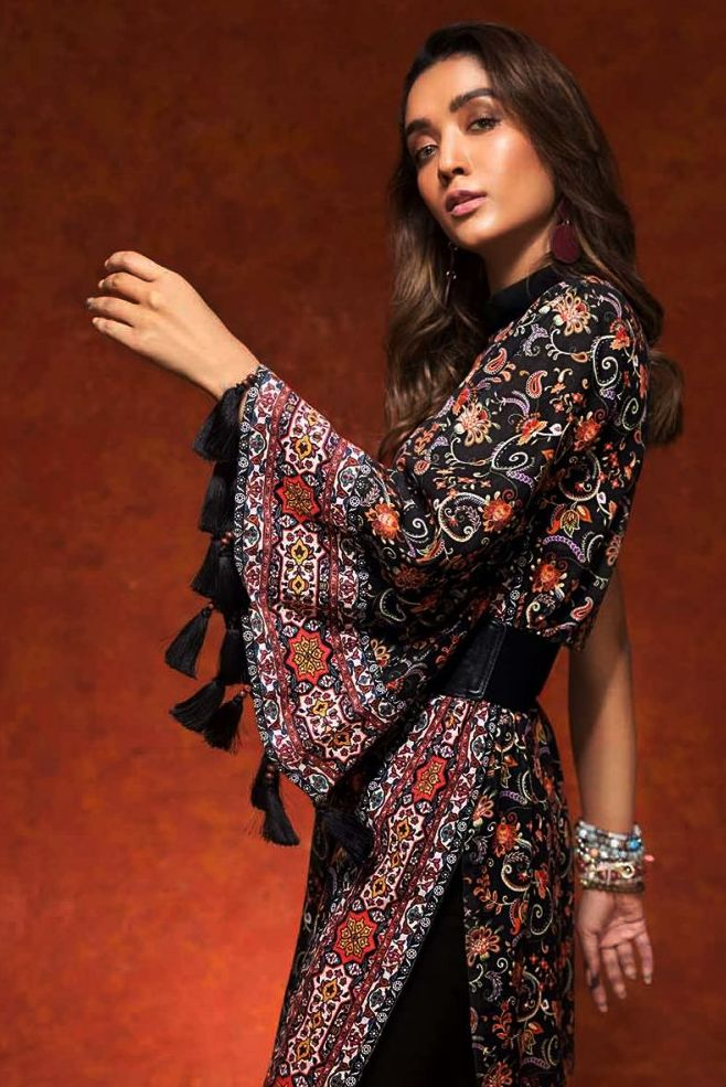 Gul Ahmed Gulistan Winter Glamour Unstitched Collection 2019 (8)
