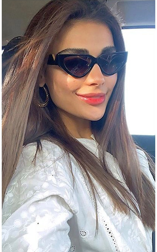 Six Ways Sadaf Kanwal raises her glamor ratio (4)