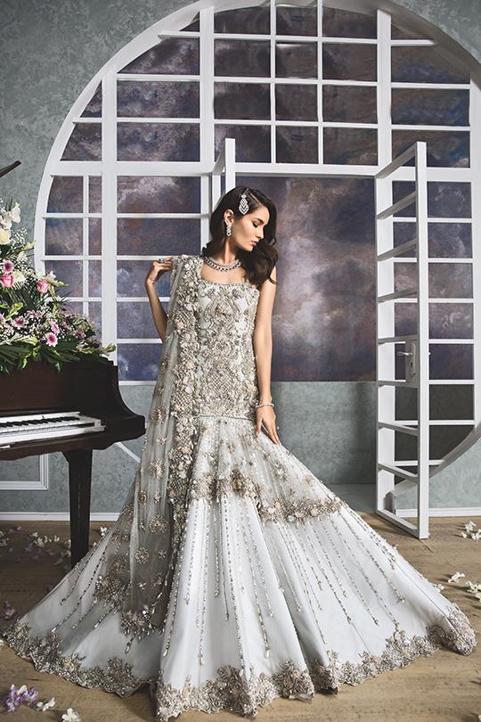 """Anaya By Kiran Chaudhry's Bridals Dreamy """"Nauroz"""" Collection 2019-20 (12)"""