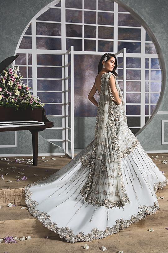 """Anaya By Kiran Chaudhry's Bridals Dreamy """"Nauroz"""" Collection 2019-20 (14)"""