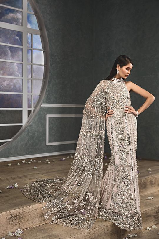 """Anaya By Kiran Chaudhry's Bridals Dreamy """"Nauroz"""" Collection 2019-20 (18)"""