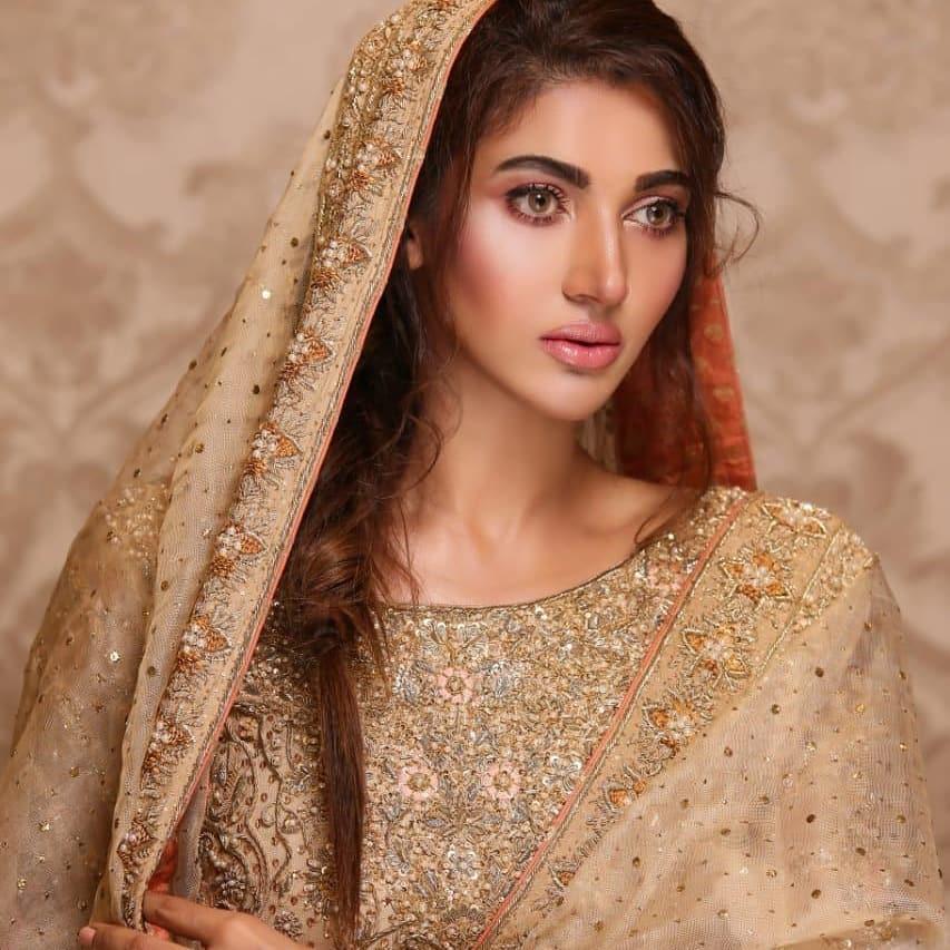 Latest Photo Shoot Of Beautifull Actress Sana Fakhar (4)