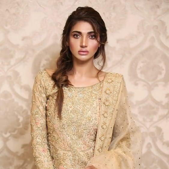 Latest Photo Shoot Of Beautifull Actress Sana Fakhar (7)