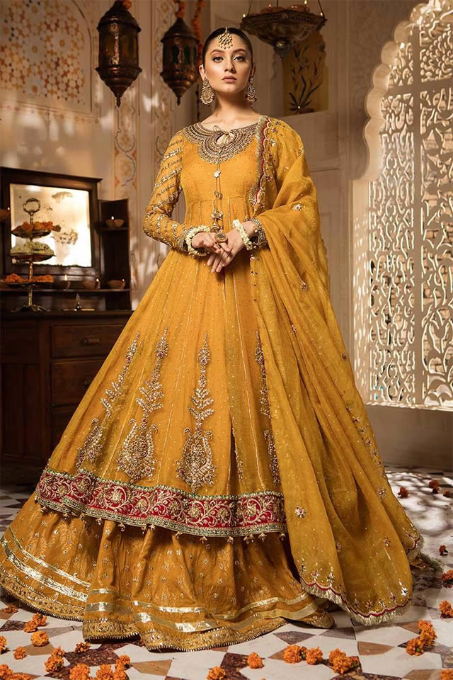Maria B Luxury Bridal Dresses Collection 2019-20 (7)