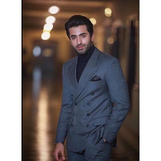 Sheheryar Munawar Broke up Engagement with Fiance Hala Somroo (7)