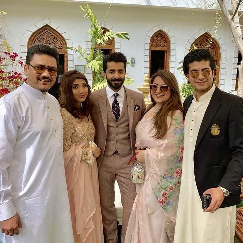 Sheheryar Munawar Broke up Engagement with Fiance Hala Somroo (8)
