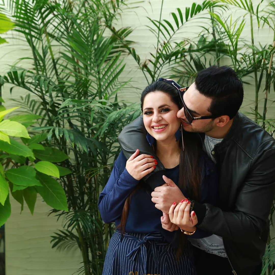 Fatima Effendi Actress Birthday Celebration with Family (7)