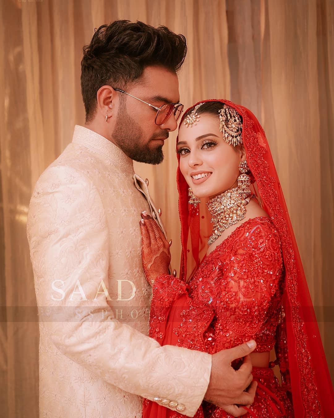 Iqra Aziz and Yasir Hussain Wedding Pictures (29)