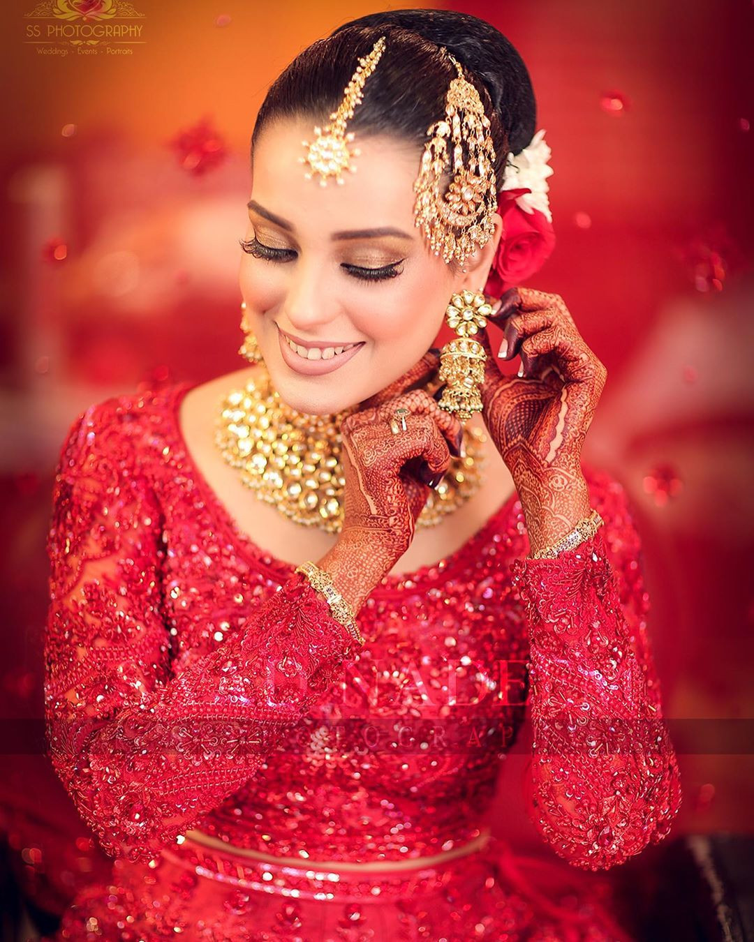 Iqra Aziz and Yasir Hussain Wedding Pictures (9)