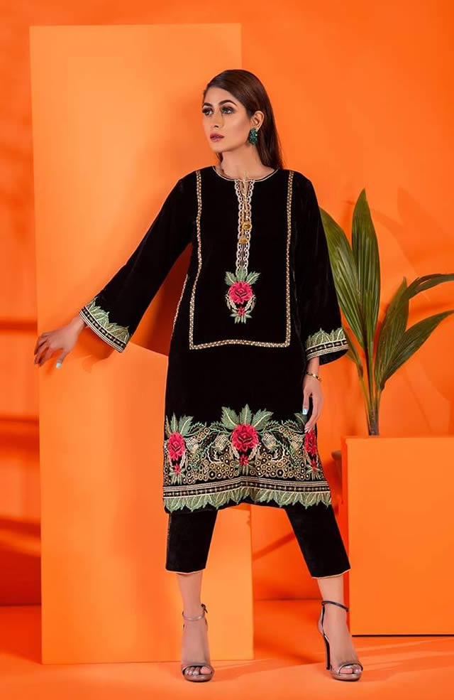 Velvet Embroidered Winter Wear Collection 2019-20 By Al-Zohaib (10)