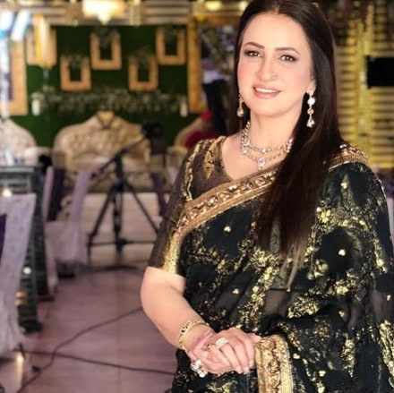 Saba Faisal Images with Family at Wedding Event (2)