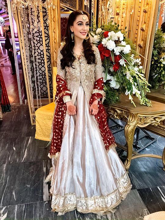 Womens Latest Wedding Wear Collection 2020 By Zainab Salman (7)