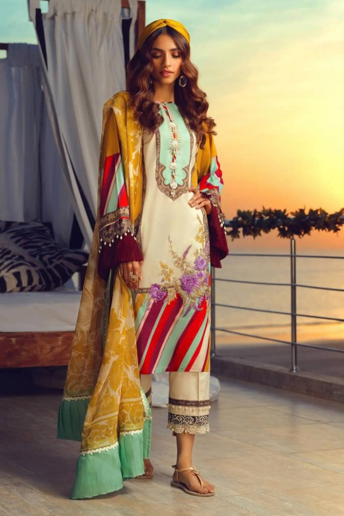 Spring Summer Lawn Collection 2020 By Sana Safinaz (1)