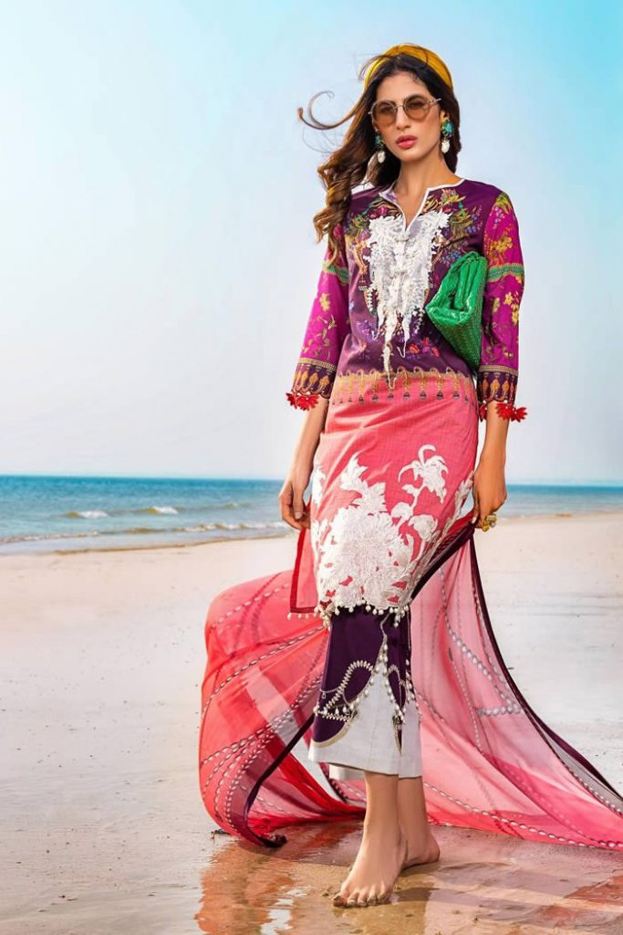 Spring Summer Lawn Collection 2020 By Sana Safinaz (4)