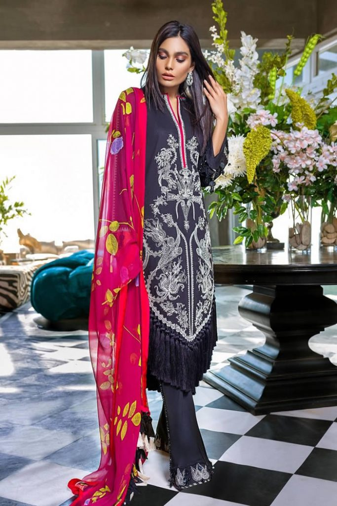 Spring Summer Lawn Collection 2020 By Sana Safinaz (7)