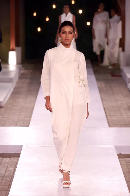 Womens Summer Wear Resort Collection 2020 By Sanam Chaudhri (4)
