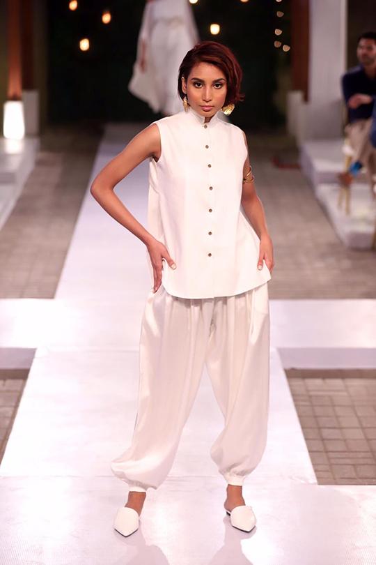 Womens Summer Wear Resort Collection 2020 By Sanam Chaudhri (6)