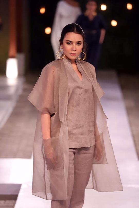 Womens Summer Wear Resort Collection 2020 By Sanam Chaudhri (9)