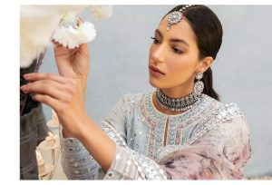 Unstitched Luxury Dresses Eid 2021 Collection By Cross Stitch (1)